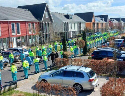 Erehaag voor overleden ambulanceverpleegkundige Chris Mes (41) uit Zwaag